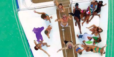 Tropical Sun Tours - Tropikalna przygoda: rejs na Saonę katamaranem